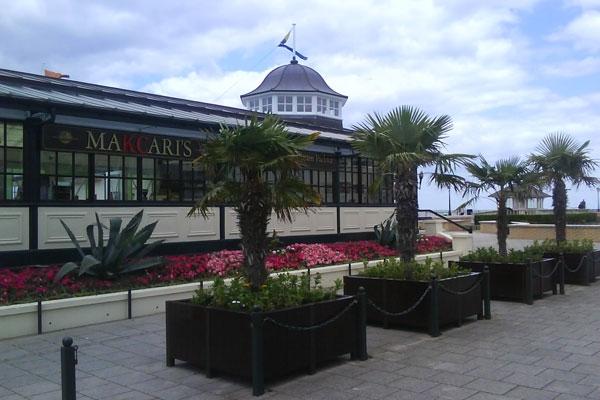 makcaris-hernebay-bandstand-01