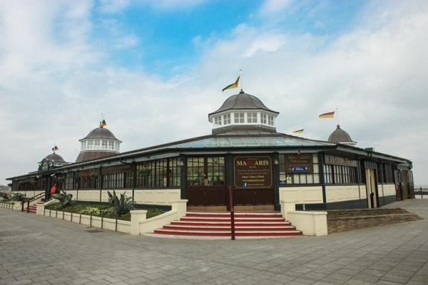 makcaris-hernebay-bandstand-22
