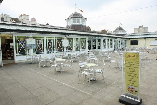 makcaris-hernebay-bandstand-25